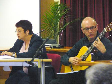 Con la poetisa cubana Laura Rodriguez.