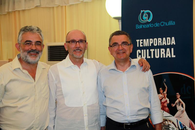 Con el director del Balneario de Chulilla y José Pellicer.