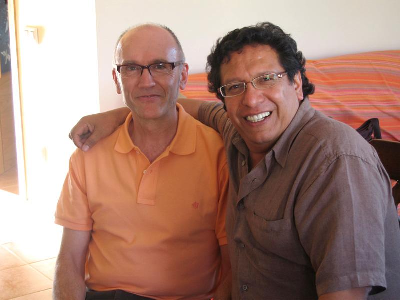 Con el percusionista mexicano Víctor Mendoza.